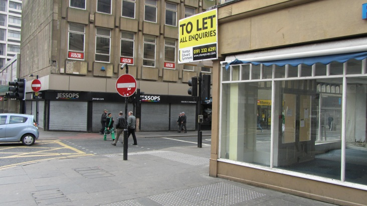 Empty Units In Wrexham With Kitchen Facility