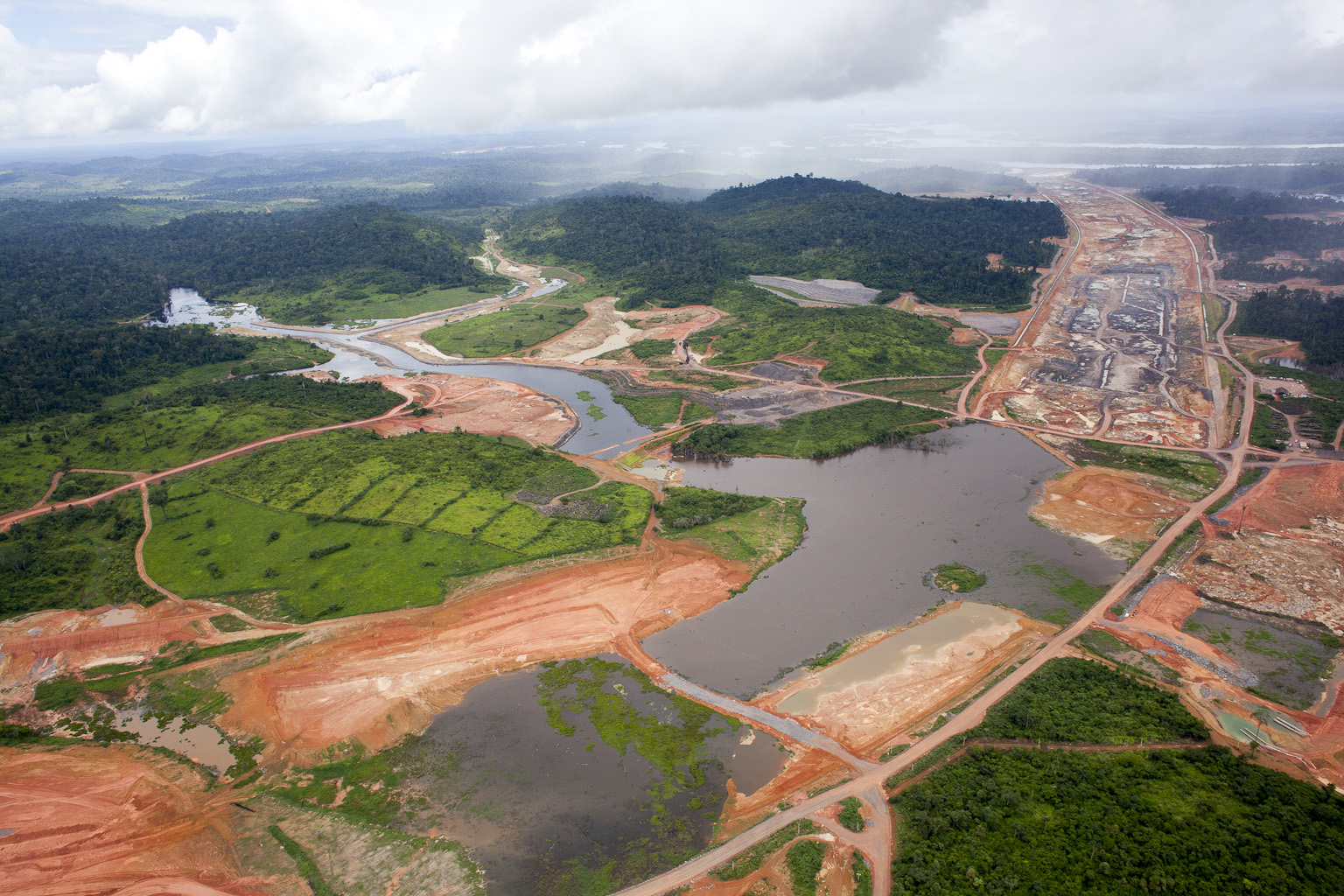 Construction of the Belo Monte Dam